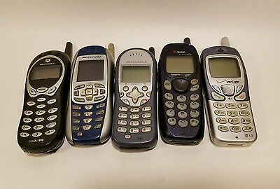 Lot of 5 Mixed Old Vintage Cellphones - Wholesale - Untested