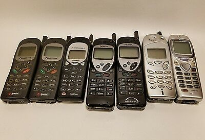 Lot of 7 Mixed Old Vintage Cellphones - Wholesale - Untested
