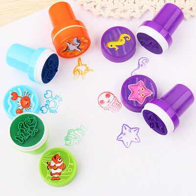 10PCS Cartoon Animals Face Plastic Stamps Kids Learning Tools Stationery Toy