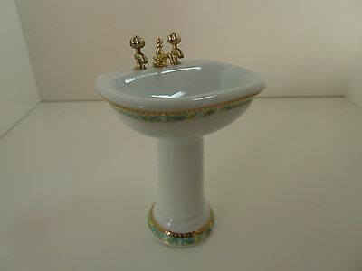 Dolls House Miniature 1:12 Scale Bathroom Furniture White Sink w Green Pattern