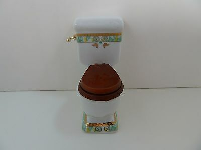 Dolls House Miniature 1:12 Scale Bathroom Furniture White Toilet w Green Pattern