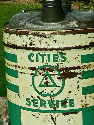 Vintage Cities Service 5 Gallon Oil Can Milwaukee, WIS Gas Advertising