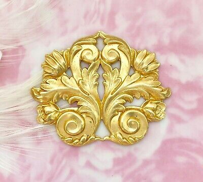 BRASS Flourish Scroll Acanthus Leaf Stamping ~ Jewelry Finding (FB-6042)