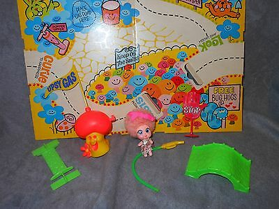 Tickle Pinkle Upsy Downsy 1969 doll,board map,gas,nozzle, sign,connector MATTEL