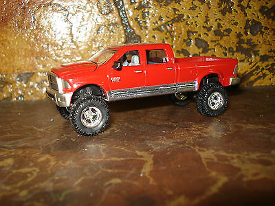 1/64 CUSTOM DODGE CUMMINS TRUCK Farm Toy Ertl DCP #R3
