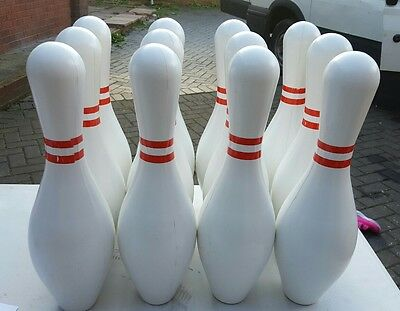 set off 12 bowling party pins only no bowl white pins it has some kind of weight
