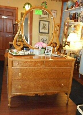 Beautiful Birds Eye Tiger Curly Maple Dresser with Cheval Oval Mirror Antique