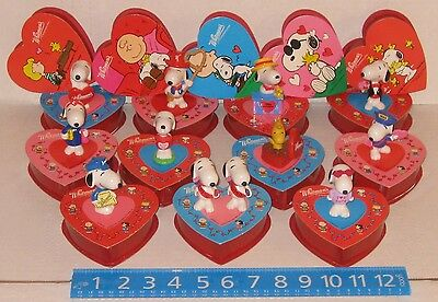 Whitman Peanuts Snoopy Woodstock PVC Plastic Figures Valentine's Day Lot 1990s