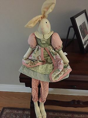 Easter Bunny Vintage Look New
