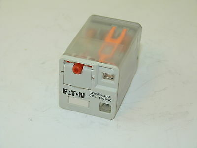 Eaton D3PF3AA-A2 3PDT Octal Relay Coil 120v NEW