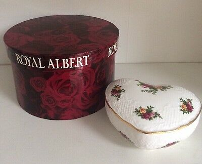 ROYAL ALBERT Old Country Roses Heart Trinket Box