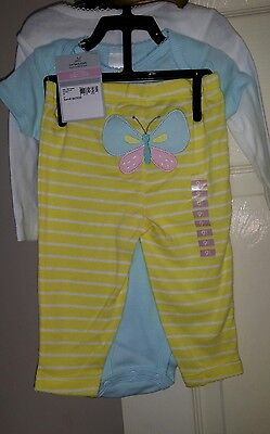 Brand New Baby Girls Carters Outfit Age 9 Mths.