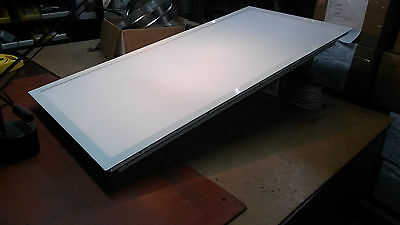 Office / Cleanroom Led Troffer Light Size 2' X 4' Halco Products Co