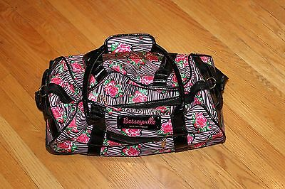 BETSEY JOHNSON Wheeled DUFFEL BAG LUGGAGE TOTE  CARRY ON SUITCASE TRAVEL