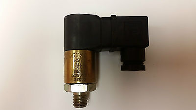 Gems - Rugged Cylindrical Pressure Switch - PS75-70-4MNZ-C-HCR