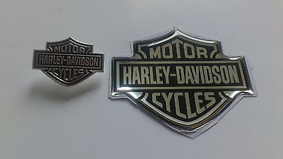 1 x 3D Harley Davidson Domed Sticker + 1 x B&S Pin 925er versilbert- NEU-