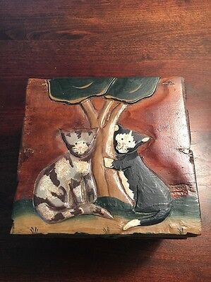 Rare Unique VINTAGE HAND CARVED And Painted Wooden Box With Cats Design.