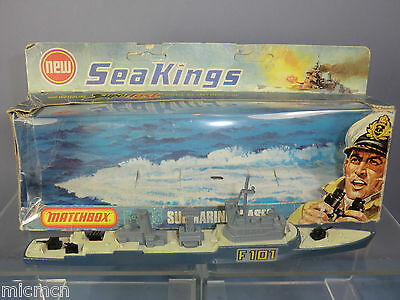 MATCHBOX SEA KINGS  WATER LINE  MODEL No.K-305 SUBMARINE CHASER ( PART-BOXED )