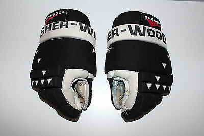 "Vintage SHER-WOOD 4030 Black and White HOCKEY GLOVES ** ADULT size 13"" / L@@K"