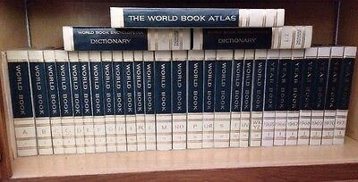 1964 World Book Encyclopedia Set/Atlas/1965-71 Yearbooks/Dictionary-homeschool