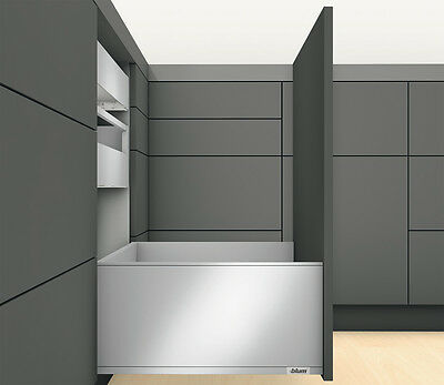 Blum LEGRABOX pure Frontauszug TIP-ON BLUMOTION Höhe F 241 mm