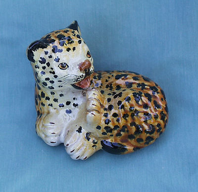 LEOPARD CUB GLAZED HAND PAINTED c1950's POTTERY FIGURE MADE IN ITALY