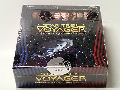 STAR TREK VOYAGER Heroes & Villians Sealed Box of Trading Cards! 24 Packs