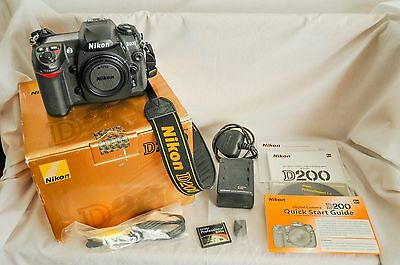 Nikon D D200 10.2MP Digital SLR Camera - Black (Body Only) - LOW SHUTTER COUNT