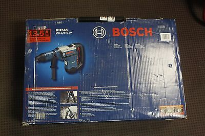 New Bosch RH745 13.5 Amp 1 3/4-in SDS-Max Corded Rotary Hammer ~