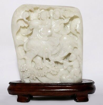 Great Old Chinese Natural Jade Hand Carving Figures Nephrite Sculpture YU11