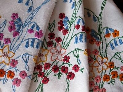 Vintage Hand Embroidered White Linen Tablecloth - Exquisite Embroidery