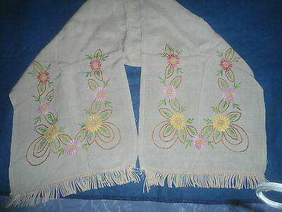 """VERY PRETTY BEIGE  HAND EMBROIDERED  TABLE RUNNER 42"""" x 11"""""""