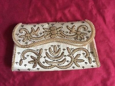 VINTAGE PEARL BEADED White EVENING  PROM WEDDING CLUTCH PURSE MADE IN JAPAN