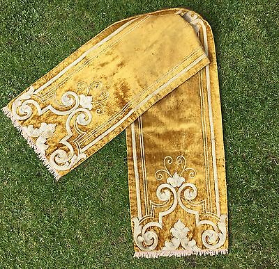 Vintage / Antique Embroidered Art Deco Chenille Table Runner