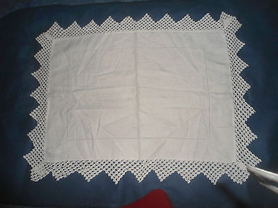 """A Very Pretty White Damask Tablecloth With Lace Edge  25.5""""  X 19"""""""