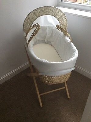 Unisex Moses Basket With Stand And Mattress