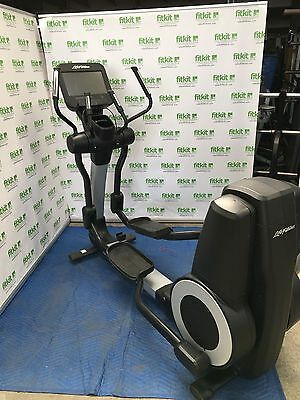 Life Fitness 95X Elevation Series Discover SE Console 3 Years Old Only