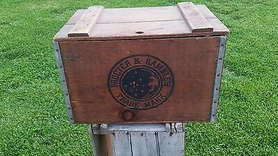 Vintage PROCTER & GAMBLE IVORY SOAP CRATE Trademark MOON & STARS Wood Box