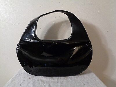 60s ILA OF CALIFORNIA MOD BLACK PATENT LEATHER CURVED HANDLE HALF MOON PURSE