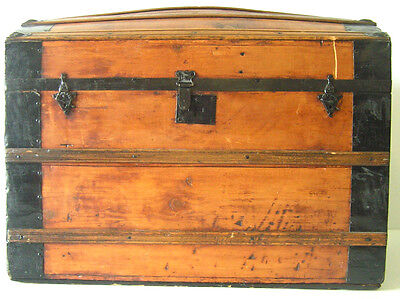 Early 1900's Era Dome Top Steamer Trunk