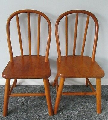 PAIR OF VINTAGE APPLETON #230 CHILDREN'S or DOLL CURVED BOW BACK WOODEN CHAIRS b