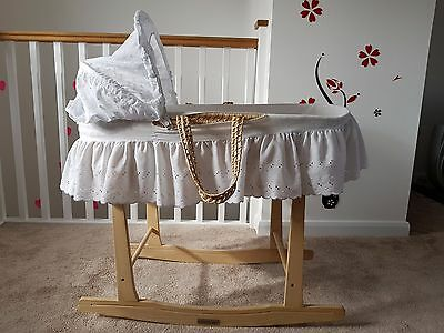 claire de lune moses basket and stand barely used with new mattress