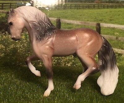 Breyer #5980 G2 Stablemate Andalusian Mystery Foal Surprise Family 1 Dapple Grey