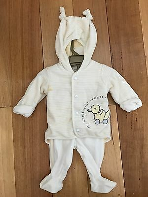 Cute H&M Baby's Outfit For 2-4 Months. BNWT