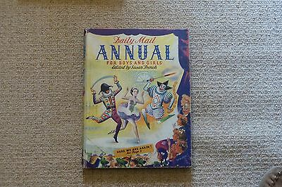 DAILY MAIL ANNUAL for Boys and Girls Susan French Good/Very Good condition