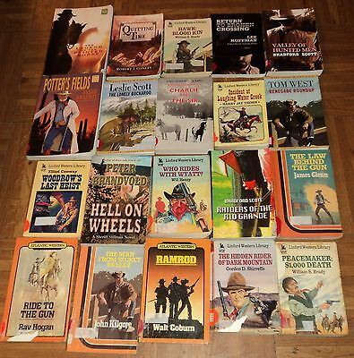 "LARGE PRINT ""WESTERN"" TRADESIZE PAPERBACK COLLECTION - Lot of 20"