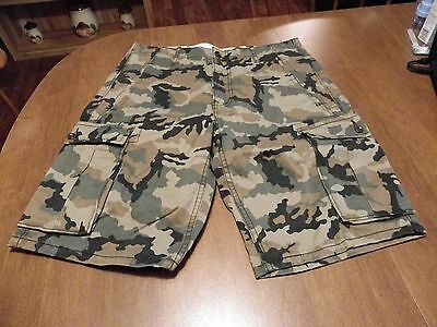 Levi Men's Relaxed Fit Cargo Shorts Size 30 W  Camo  New With Tags
