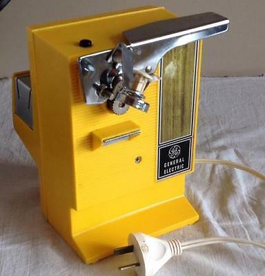 VINTAGE GE - General-Electric - Yellow - Retro - Electric Can Opener - Works