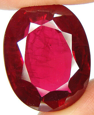 25% Reduc / 60,38Ct. Beau Enorme Rubis De Synthese Avec Inclusions Taille Ovale