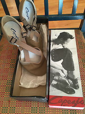 New Women's 7.5 M CAPEZIO X-Strap Pedini Tan Jazz Hip Hop Dance Shoe